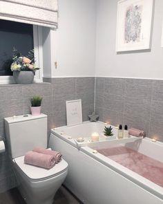 30 Quick and Easy Bathroom Decorating Ideas Inspire Me Home Decor, Bathroom Design Luxury, Design Bedroom, Bathroom Organisation, Organization, My New Room, Bathroom Inspiration, Small Bathroom, Modern Bathroom