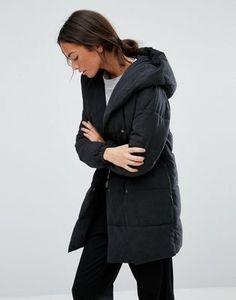 New Look – Wattierter Mantel in Wickeloptik
