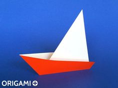 How to Make a Very Easy Origami Sailboat ⛵ Tutorial (Traditional model) Only 2 folds! Make A Paper Boat, Make A Boat, Build Your Own Boat, Boat Building Plans, Boat Plans, Origami Sailboat, Origami Simple, Origami Models, Oragami