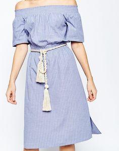 Imagen 3 de Vestido con hombros al descubierto y cinturón de cuerda de ASOS