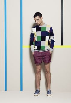 Check out the cool, sporty Spring/Summer 2013 menswear collection from Italian brand MSGM. Outfit Man, Dandy, Fashion Models, Mens Fashion, Streetwear, Sweater And Shorts, Fashion Gallery, Trends, Men Looks