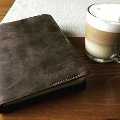 Ranní rituál - můj diář a kafe #weeklyplan #diary #planner #cleverminds #morningrituals Notebooks, Clever, Notebook, Laptops