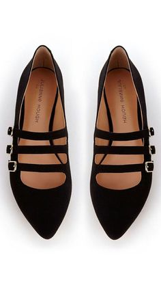 ed924939882 54 Black Shoes To Inspire Everyone  Black Shoes Cute Flats