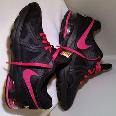 Ladies Nike Air Max Run Lite 5, Black / Pink, Size 7.5