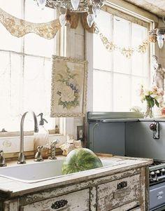 Shabby chic kitchen inspiration