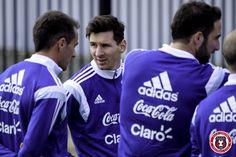 Lionel Messi   Second @Argentina training session @georgetownhoyas #TOCA #PLAYsimple #GiraPorEEUU @TeamMessi