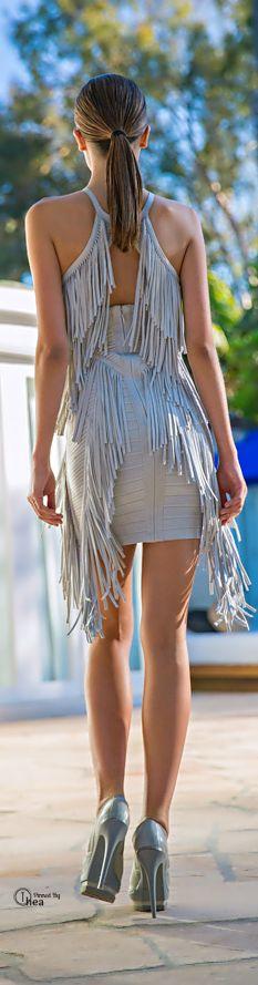 BCBG fringe back dress native tribal style Tribal Fashion, Womens Fashion, Fashion Trends, Pretty Dresses, Sexy Dresses, New Look Clothes, Look Boho Chic, Vestido Dress, Herve Leger Dress