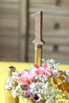 DIY #mariage : Bouchon Numéro de Table. #diymariage #weddingdiy