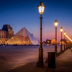 Louvre, the Pyramid and lamplights by Ramelli Serge / 500px