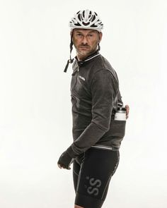 Follow your instinct and turn up your winter style. Find out all the new collection at laclassica.com