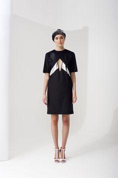 NUBU KAPE dress