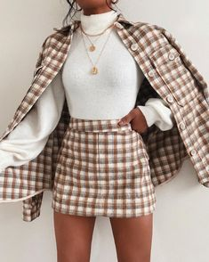 Glamouröse Outfits, Retro Outfits, Cute Casual Outfits, Stylish Outfits, Fall Outfits, Layering Outfits, Plaid Skirt Outfits, 6th Form Outfits, Cute Dress Outfits