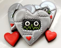 Robot Valentine Cookies ~ with complete how to pictorial from @SweetSugarBelle {Callye Alvarado}
