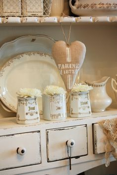 The home of shabby chic decor Chic Decor, Decor, Rustic Furniture, Shabby Chic Style, Vintage House, Cottage Style, Shabby Chic Cottage, Cottage Decor, Shabby Chic
