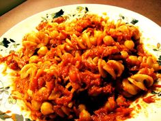 Pasta with Chickpeas & Red Pepper Sauce