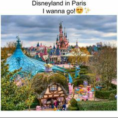 Disneyland Paris is the most popular tourist destination in Europe. At Disney park they have rides, shops, restaurant and hotel rooms. Disneyland park is a wonderful place to have fun and enjoy your time. Disneyland Paris, Disney Em Paris, Disneyland Resort, Walt Disney, Disney Parks, Euro Disney, Amazing Places On Earth, Beautiful Places To Travel, Best Places To Travel