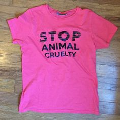 """""""Stop Animal Cruelty"""" Top Re-poshing (too small for me) • shirt says small but fits more of an XXS/XS• brand is B&C Nike Tops Tees - Short Sleeve"""