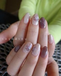 Fall Nail Designs In Summer I tend to paint my nails more mostly because I like to match my manicure to my pedicure. Spring Nail Colors, Spring Nails, Summer Nails, Autumn Nails, Mauve Nails, Nagellack Trends, Great Nails, Fall Nail Designs, Manicure And Pedicure
