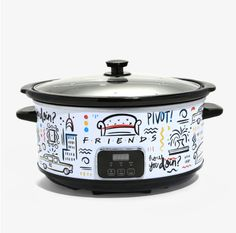 Box Lunch is selling 'Friends' themed slow cookers on their site in both a single pot and triple pot version. Kitchen Set Up, Small Kitchen Appliances, Kitchen Gadgets, Kitchen Cook, Kitchen Tips, Kitchen Ideas, New Recipes, Soup Recipes, Yummy Recipes