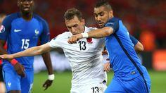 15日に行われたユーロ2016グループA第2節、フランス対アルバニアの一戦は2-0で - Yahoo!ニュース(GOAL)
