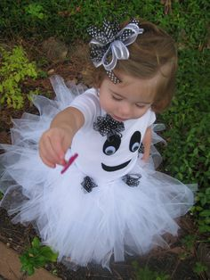 Toddler Girl Ghost Costume with Tutu and Bow by SageWreaths,