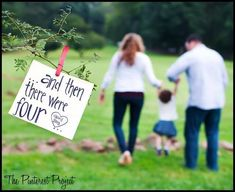 Trendy Baby Announcement Second Maternity Pictures Ideas 2nd Pregnancy Announcements, Pregnancy Announcement Photos, Pregnancy Photos, Second Child Announcement, Pregnancy Fashion, Little Girl Photography, Photography Ideas, Pregnancy Photography, Family Maternity Photos