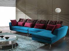 이미지 출처 http://cdn.decoist.com/wp-content/uploads/2012/11/A-teal-sectional-sofa.jpg