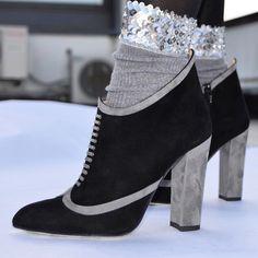 #wedges #highheeledart #fashion #style #heels #markschwartzshoes #stil #art#suede