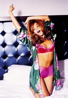My idol they don't call her queen B for nothing I can go on and on about her