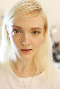 Healthy and Fresh Backstage at Victoria Beckham Spring 2015 - Bold brows