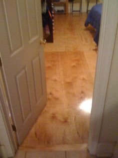 Another finished plywood floor method. Add an additional sheet of plywood on top of the subfloor with adhesive and seal. Stained Plywood Floors, Plywood Flooring Diy, Diy Wood Floors, Stained Concrete, Painted Floors, Painting Plywood Floors, Concrete Lamp, Flooring Ideas, Laminate Flooring