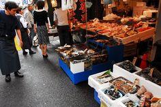 Tsukiji(jyogai fish market), TOKYO