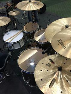 Music Aesthetic, Aesthetic Grunge, Music Pics, Music Stuff, Luke Holland, Drums Wallpaper, Drums Girl, Drums Electric, Drums Studio
