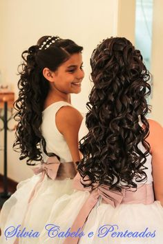 Best Ideas for bridal hairstyles for long hair with flowers girls - All For Bridal Hair Flower Girl Updo, Flower Girl Hairstyles, Little Girl Hairstyles, Curled Hairstyles, Pageant Hair, Prom Hair, Quince Hairstyles, Wedding Hairstyles, Peinado Updo