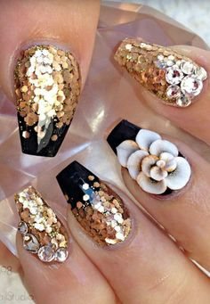 Gold nails design nailart                                                                                                                                                                                 More
