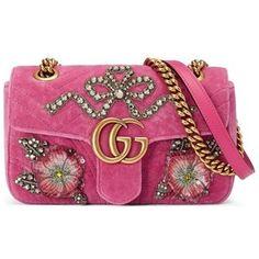 b692855cb4eed Trendy Women s Bags   Gucci GG Marmont Mini Velvet Shoulder Bag.  SamtHandtaschenLuxusLila ...