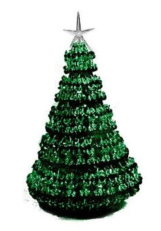 Finally found a FREE pattern to make beaded christmas trees! Using beads & safety pins! I love retro crafts! Beaded Christmas Decorations, Crochet Christmas Trees, Christmas Tree Pattern, Christmas Tree Crafts, Beaded Christmas Ornaments, Christmas Projects, Holiday Crafts, White Christmas, Sequin Ornaments