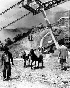 El Teleférico de Caracas y el Hotel Humboldt en construcción. (ARCHIVO EL NACIONAL)