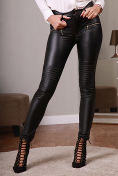 Spodnie czarne 710