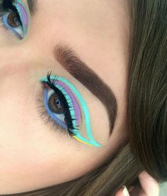 I would never do my makeup like this tbh, but it looks amazing.