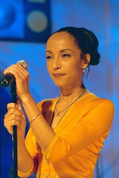 Image Detail for - Sade Picture / Photo 800x1200 - 135.615 kB | Perfect People