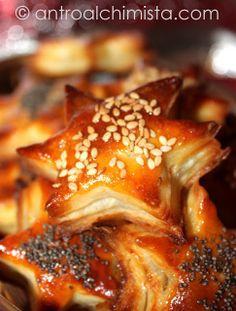 Stelline al Paté di Tonno, Pomodorini e Olive - Puff Pastry Stars with Tuna, Cherry Tomatoes and Olives
