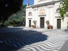 chiesa di s.ambrogio zoagli genoa, sistemazione della piazza