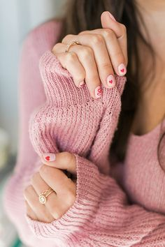 The sweetest heart manicure for V-Day