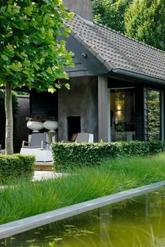 Elegant. Pinned to Garden Design by Darin Bradbury.