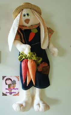 """Coelho """"Tonhão"""" Easter Crafts, Fun Crafts, Ideas Actuales, Bunco Gifts, Funny Rabbit, Bunny Toys, Bunnies, Sewing Stuffed Animals, Cat Sweaters"""