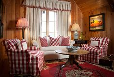 Ideas, Formulas and Shortcuts for Fancy French Country Living Room Decor Ideas - decorhomesideas Red Cottage, Cottage Living, My Living Room, Living Room Decor, Knotty Pine Decor, Best Decor, French Country Living Room, Red Rooms, Decoration Table