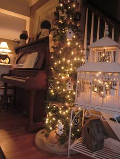 Birdcage  for Christmas--Gorgeous!!