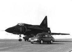 """SAAB JA37 Viggen & SAAB 900 """"Aero"""" #SaabvsSaab"""