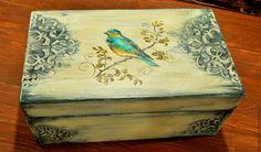 """Купить Шкатулка деревянная """"Птица"""", винтажный стиль - бежевый, рельефный узор, Ручная роспись по дереву"""